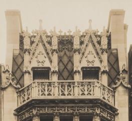 Gilbert-balcony 1