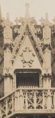 Gilbert-balcony 3