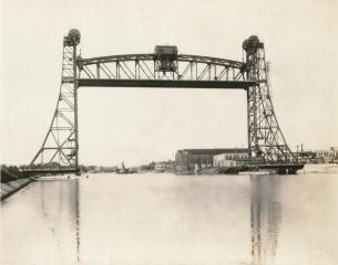 Vertical Lift Span Bridge #14