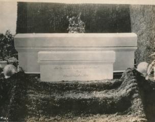Haydite Concrete Burial Vault