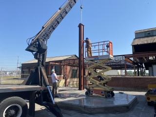 Erecting steel support columns