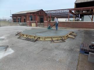 Finishing concrete base