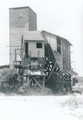 Oak Hill Fire Clay shaft mine entrance